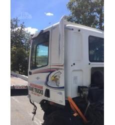 Heavy Duty Trucks - Cabover Trucks w/o Bunk