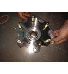 Febest - Mitsubishi Rear Wheel Hub - Oem: 3780A007